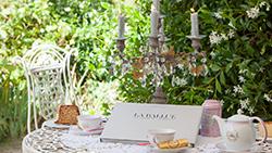 Pause gourmande au jardin dans notre salon de thé - Boutique