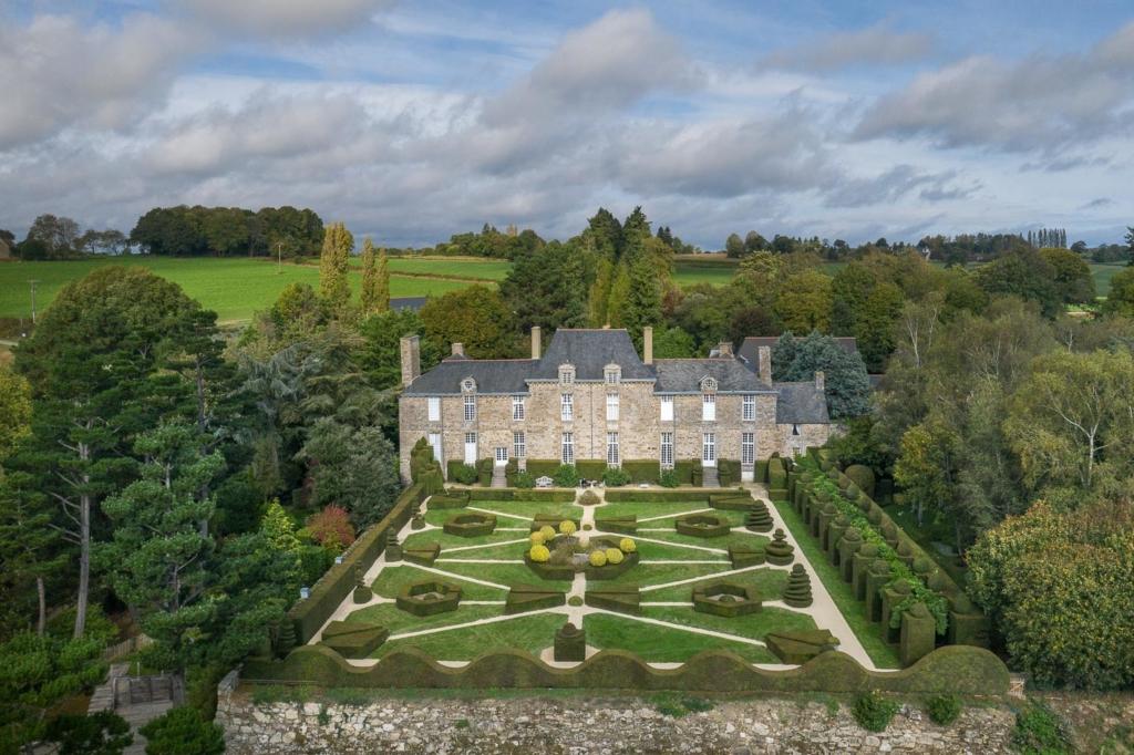Château de la Ballue-façade sud ©YannMonel